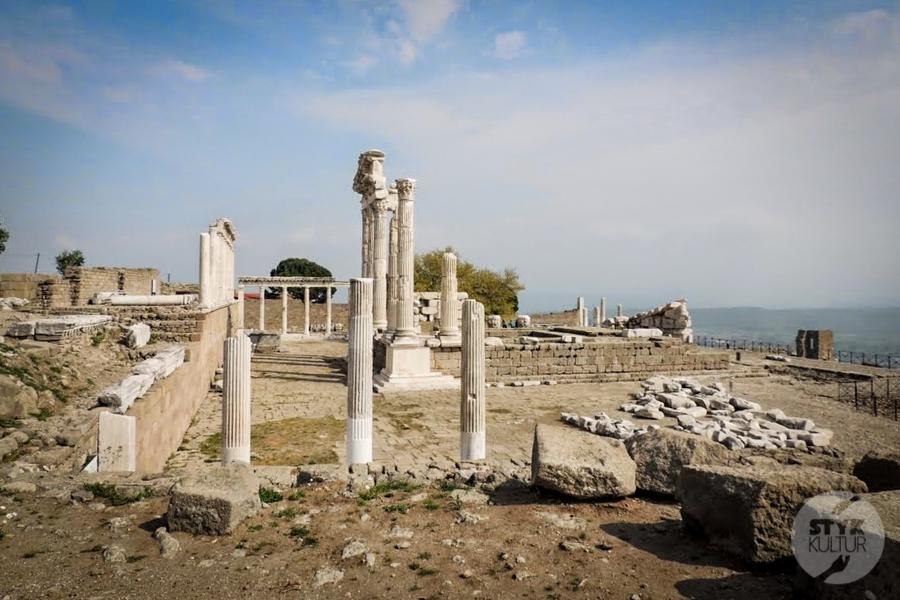 Pergamon Turcja 4 of 6 Gdzie leży starożytny Pergamon? Jak tam dotrzeć?
